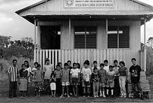 Students in front of the new Usko Ayar schoolhouse